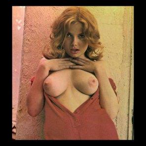 amateur photo Kate Upton Doppelgänger, circa 1960s