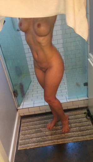 amateur photo Milf in the shower