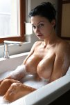 amateur photo Sudsy Jugs