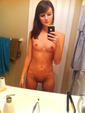 amateur photo Proud of her little tits