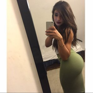 amateur photo Green Skirt