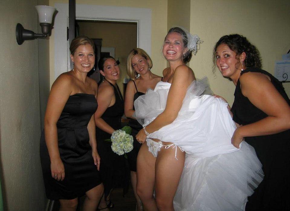 Pussy bride flashing