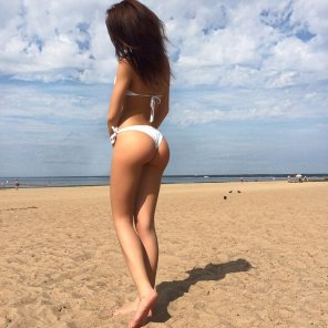 amateur photo Nice body on the beach