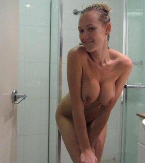 amateur photo Shower fresh