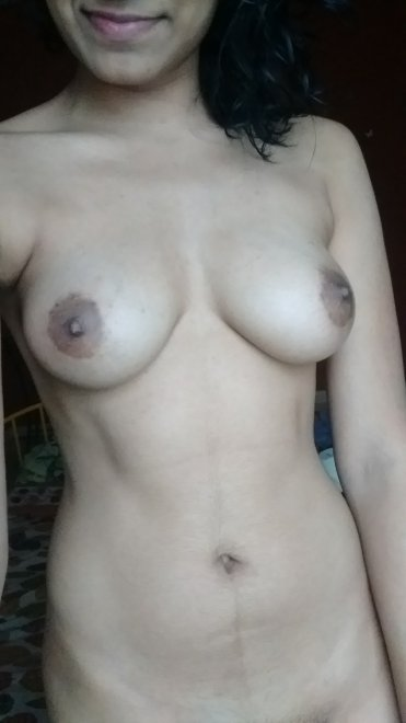 I love getting smacked on my tits! [F] Porn Photo