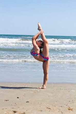 amateur photo Stretching on the beach.