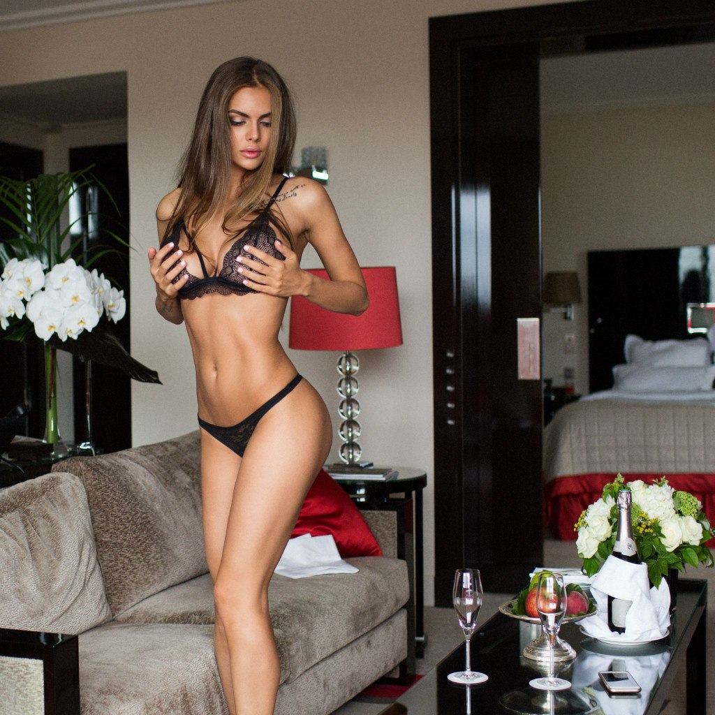 Viki порно модель