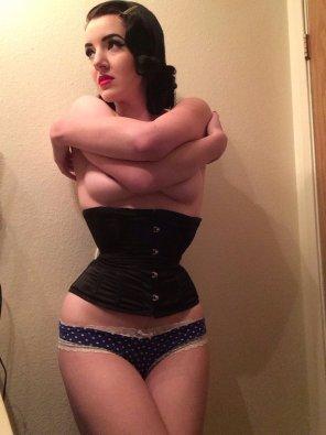 amateur photo corset