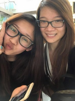 amateur photo Cute Asian Girls with Glasses