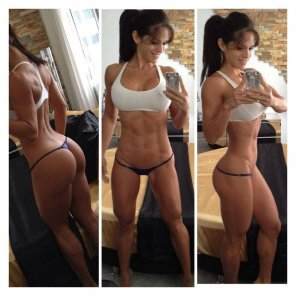 amateur photo Michelle Lewin