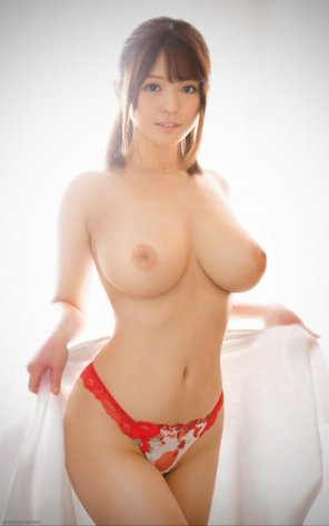 amateur photo Yurina Momose