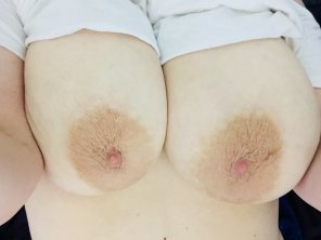 amateur photo Pale skin and big boobs