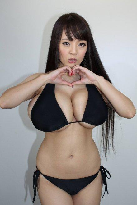 Hitomi Tanaka ❤️ Porn Photo