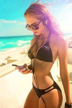 amateur photo Beach girl