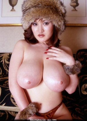 amateur photo Marina Matsushima in a big fur hat