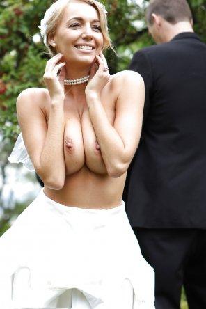 amateur photo You can kiss the bride