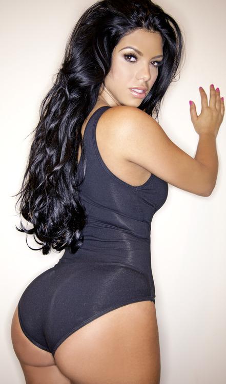 Suelyn Medeiros Porn Photo - EPORNER