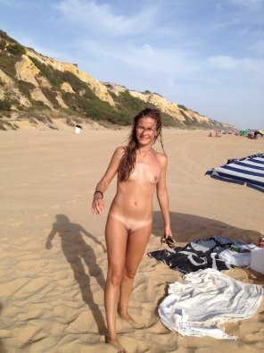 amateur photo Beach Babe
