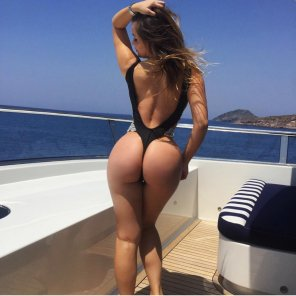 amateur photo Babe on a boat
