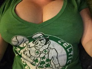 amateur photo Celtic Nipple Tease
