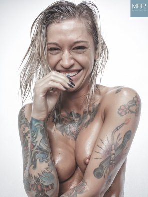 amateur photo Kleio Valentien