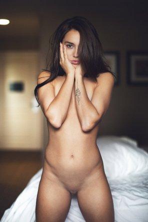 amateur photo She's got the V