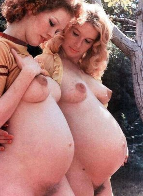 amateur photo Vintage preggos