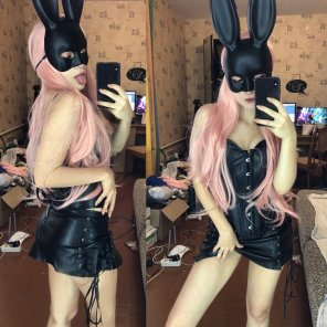 amateur photo Bad bunny want to play ~ by Evenink_cosplay