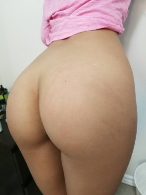 amateur photo Good morning! Can you see my spank marks? ;P