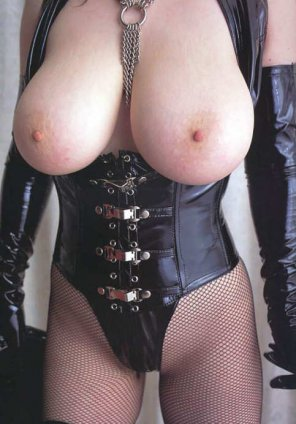 amateur photo Black leather