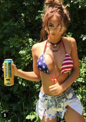 amateur photo Twisted tea