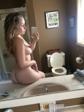 amateur photo On the Sink