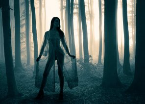 amateur photo Ethereal forest enchantress