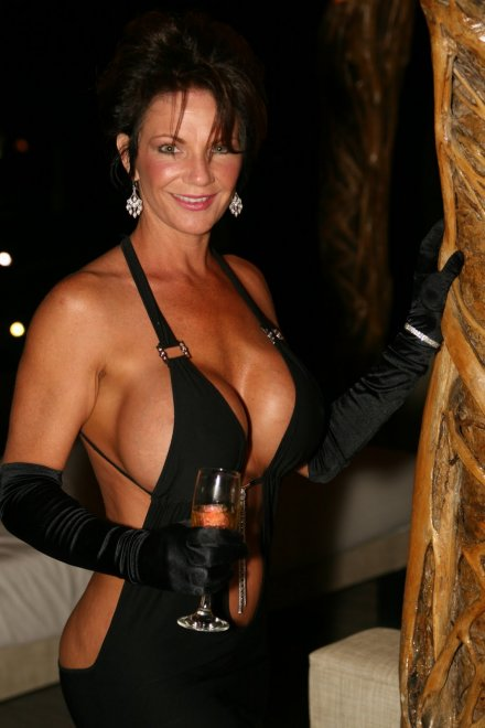 Deauxma Porn Photo