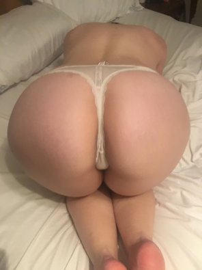 amateur photo Do you think my white thong and pale ass go together 🍑😎