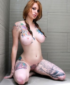 amateur photo Pale and tattooed