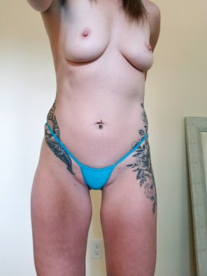 amateur photo Some new tiny underwear [f]or you. 💋