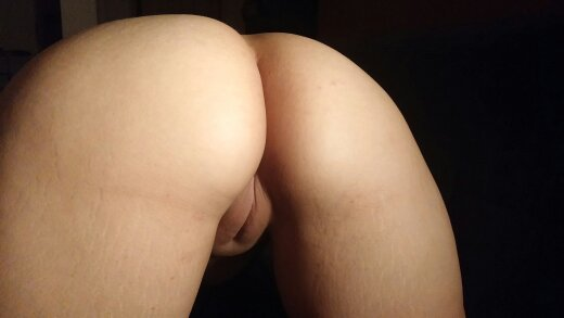 Wife's rear pussy Porn Photo