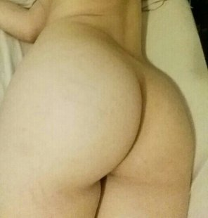 amateur photo Tell me how youll [f]uck me