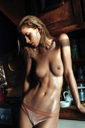 amateur photo Washboard abs