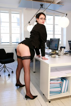 amateur photo Secretary in stockings