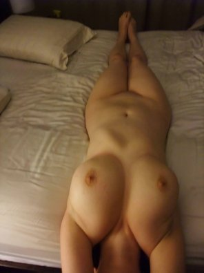 amateur photo Feeling So Fucking Horny ^_^