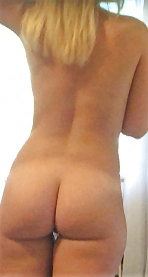 amateur photo Tight blonde with a nice ass