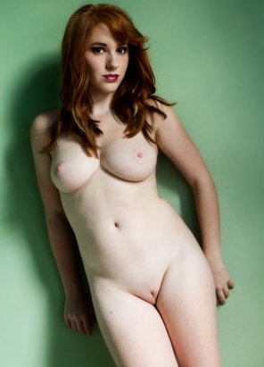 amateur photo Sultry Ginger