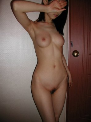 amateur photo Shy babe