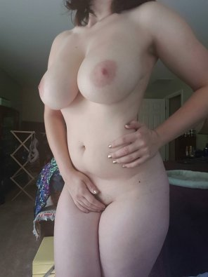 amateur photo Busty babe