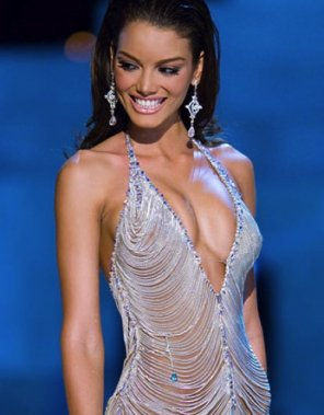 amateur photo Zuleyka Rivera