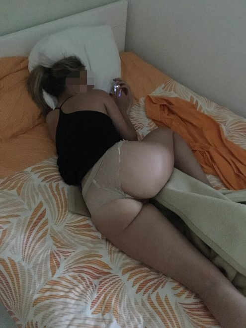 Waking up Porn Photo