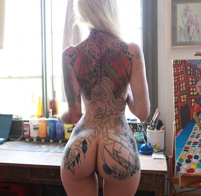 Cute ass with tats to match Porn Photo