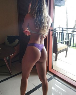 amateur photo Fit Blonde Ass